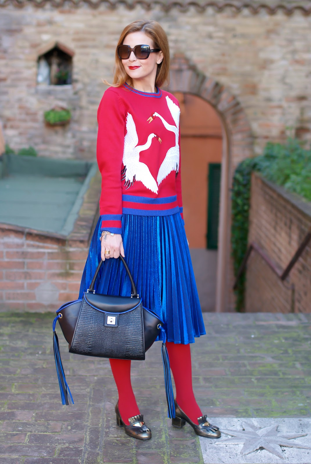 Dezzal bird embroidered sweater, metallic pleated skirt and Iaya Asciani Paris bag on Fashion and Cookies fashion blog, fashion blogger style