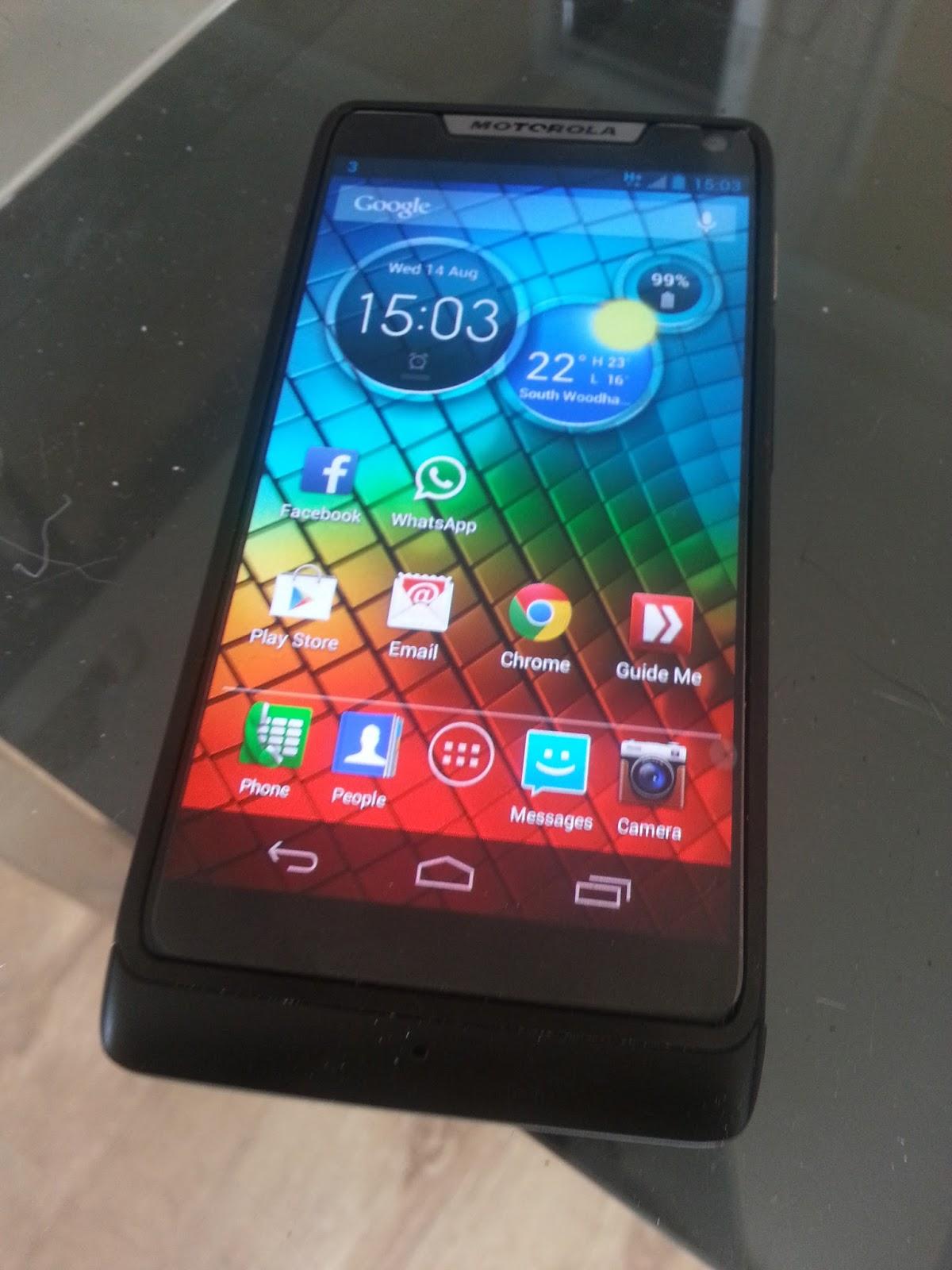 Motorola Razr I Review!