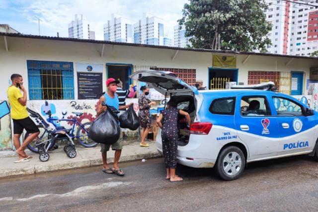 BCS recebe doações para famílias atingidas pela chuva em Salvador