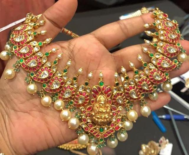 Trendy Kundan sets with Lakshmi