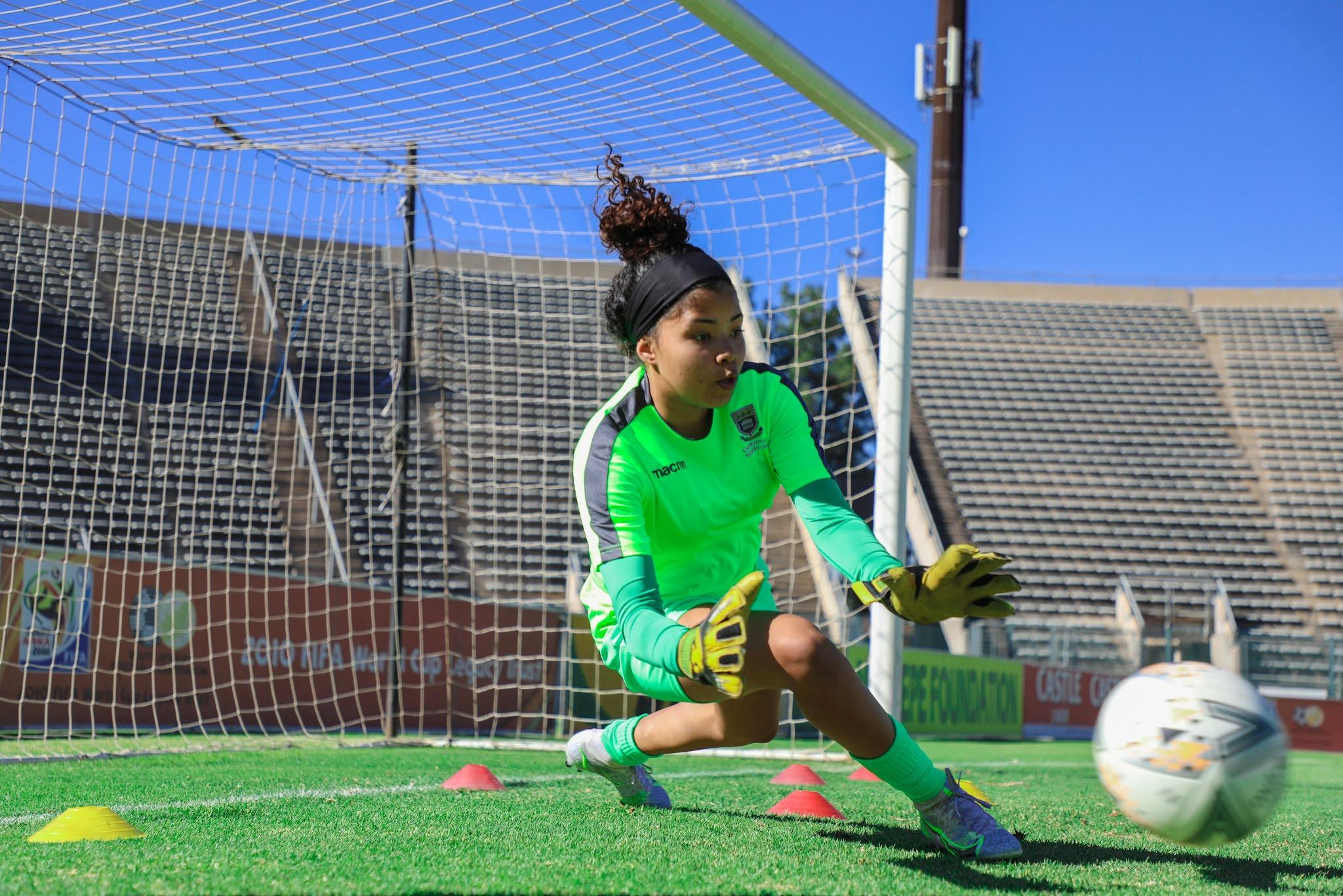 UWC goalkeeper Kay-Dee Windvogel kept a clean sheet on debut against Golden Ladies