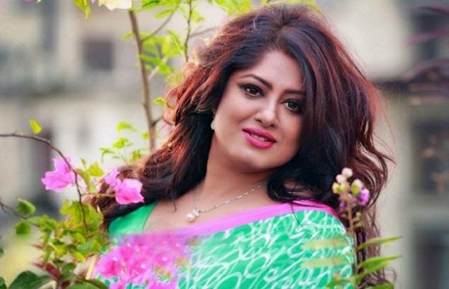 Actress Mousumi Best Photos & Short Biography 23