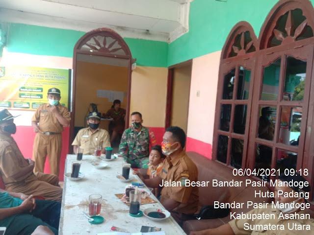 Rutin Berkomunikasi Sosial, Personel Jaajran Kodim 0208/Asahan Dengan Masyarakat Dalam Menyambut Ramadhan