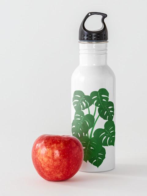 Monstera Deliciosa Design Water Bottle