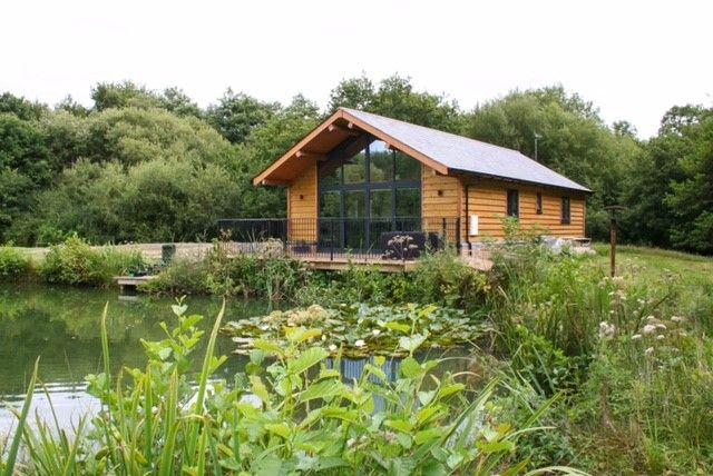 Top 5 Fishing Lodge Rentals In USA - America