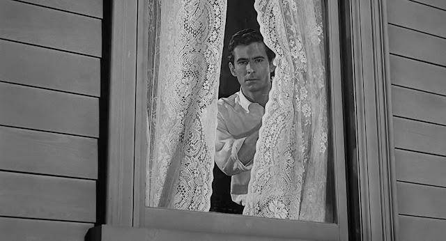 "Anthony Perkins em ""Psicose"" (1960)"