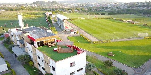Guris do Inter treinam no CT Morada dos Quero-Queros, em Alvorada (Divulgação)