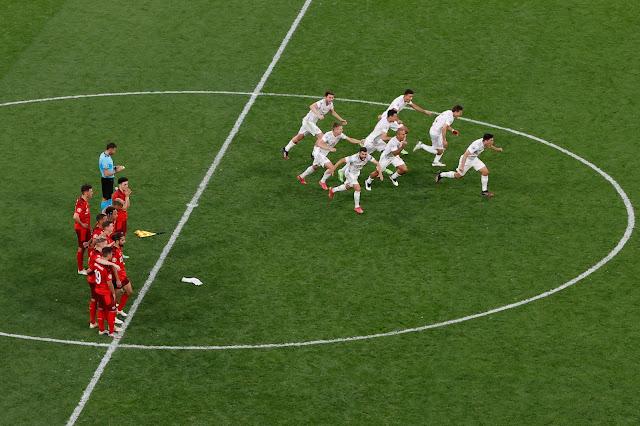 Spain players celebrate win over Switzerland - Euro 2020