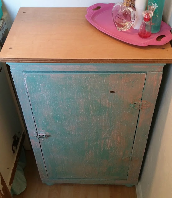 kitchen cabinet upcycle
