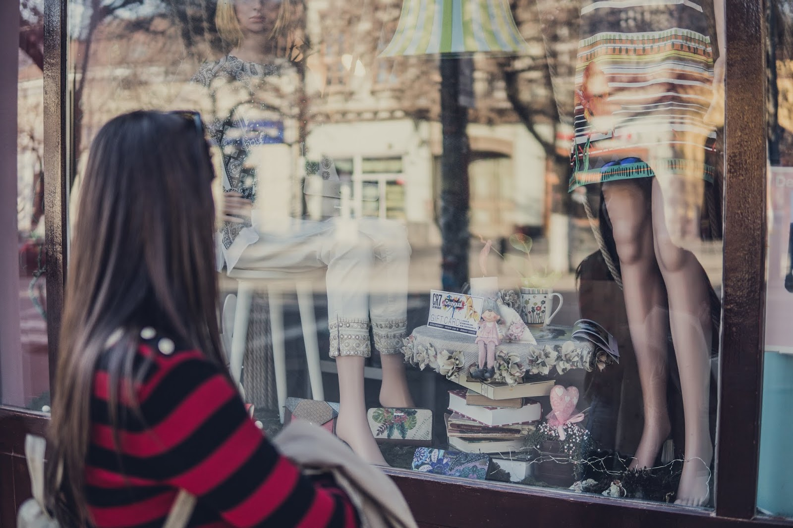 what to buy during a vintage shopping tour