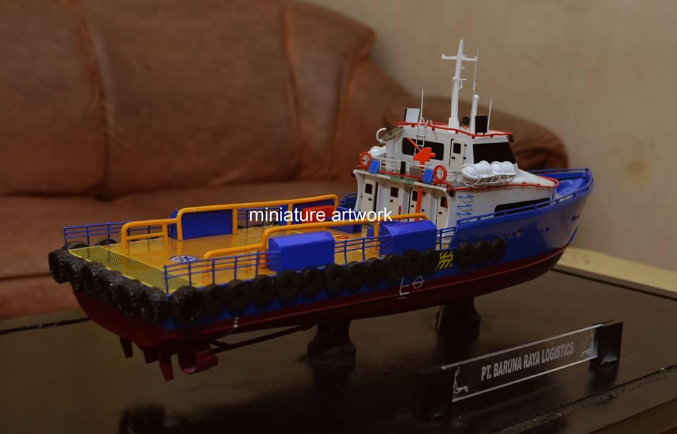 desain sketsa souvenir miniatur kapal crew boat cb gelatik pt baruna raya logistics rumpun artwork planet kapal terbaik