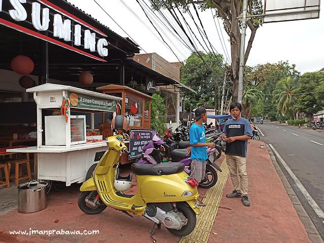 Bubur Ayam Dua Mangkuk di Jalan Cemput 27