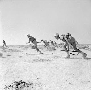 En 1942 les militaires français font face à une armée allemande mieux équipée