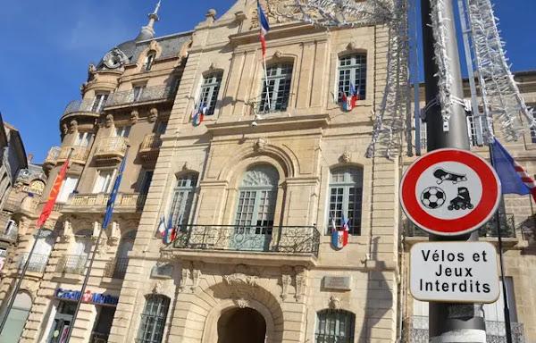 Confinement à Béziers : Robert Ménard promet de payer les PV des petits commerçants ouverts