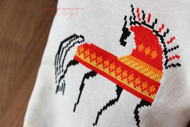 Косметичка с вышивкой крестом Мезенская роспись в вышивке Мезенский конь Прикладная вышивка Блог Вся палитра впечатлений