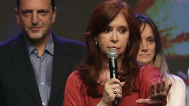 Fernández recuerda a Áñez que no la eligieron los bolivianos