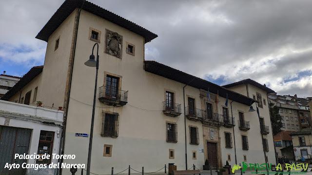 Plaza del Ayuntamiento de Cangas del Narcea