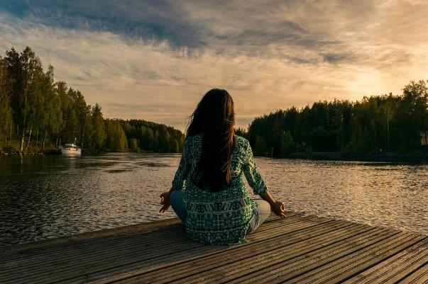 4 Tips Berdamai Diri Sendiri yang Perlu Anda Ketahui