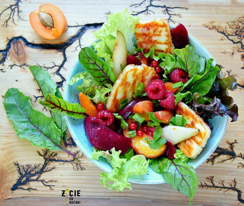 ser haloummi, kuchna lidla, salatka owocowa, salatka do grilla, przepisy z halloumi, marynowane buraki, wytrawna salatka owocowa, zycie od kuchni