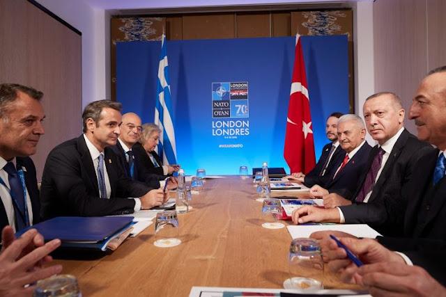 Γαλλία, Αθήνα, ελληνοτουρκικά και στο βάθος Χάγη