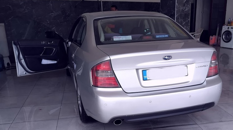 Subaru Legacy Arka Görünüşü