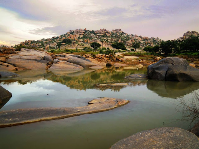 The Tungabhadra river at sunset. Hampi.