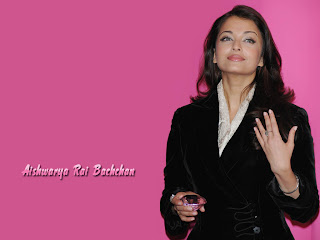 Aishwarya Bachchan In Black Coat Pant 4