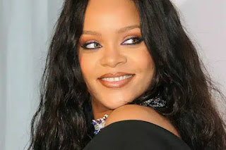 Pop star Rihanna's father defeated Corona virus
