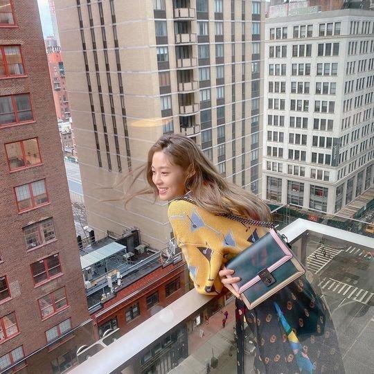 Seolhyun New York'tan fotoğraflar paylaştı