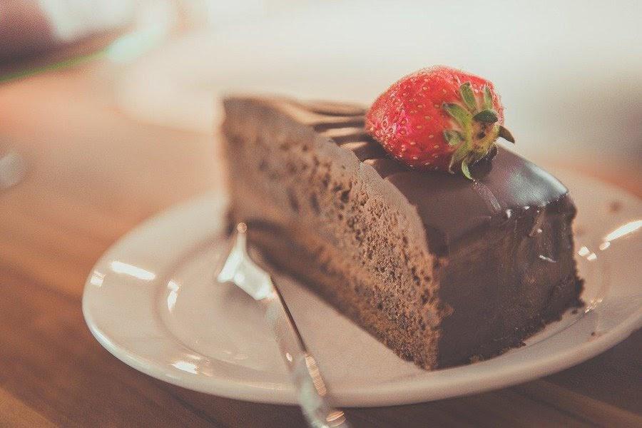 pastel-de-chocolate-bajar-de-peso