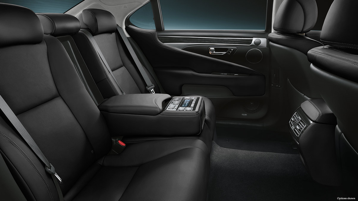 Đánh giá xe Lexus LS460 2016
