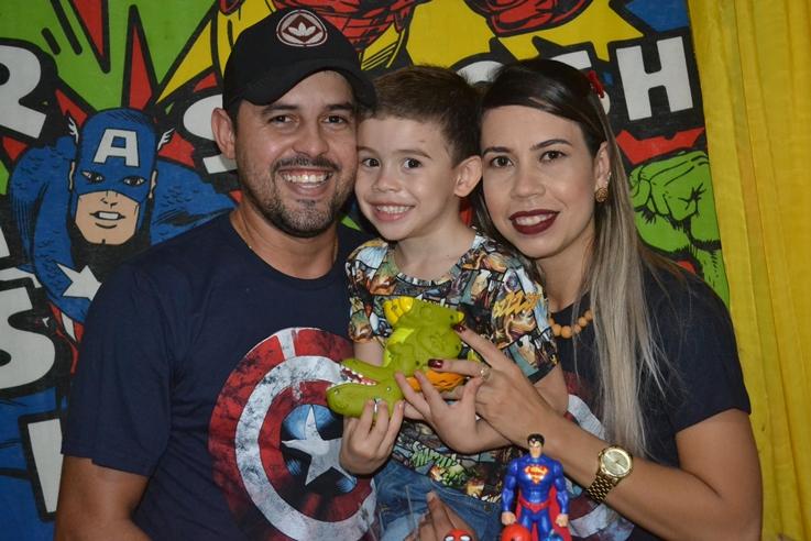 Luiz Otávio comemorou aniversário  em grande estilo. Confira os clicks!