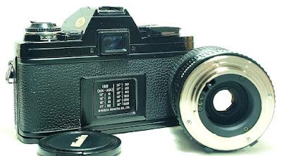 Minolta X-300 (Black) Body #926, MD Zoom 35-70mm 1:3.5~4.8 #559