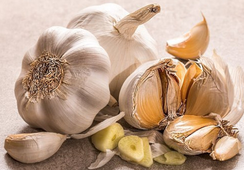 Garlic heal tooth decay