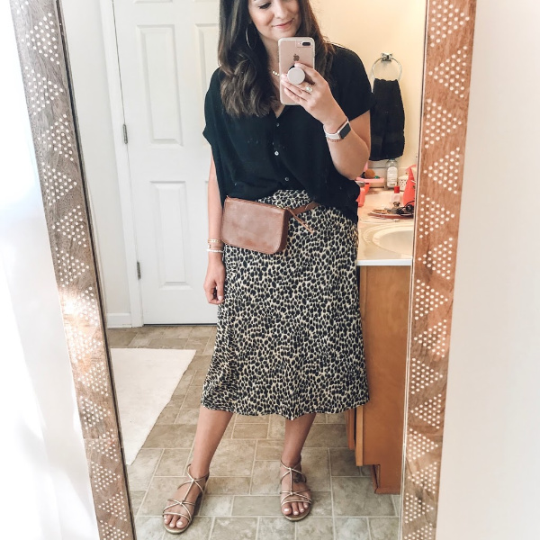 style on a budget, transitional outfits, fall style, mom style, north carolina blogger, fall outfit ideas