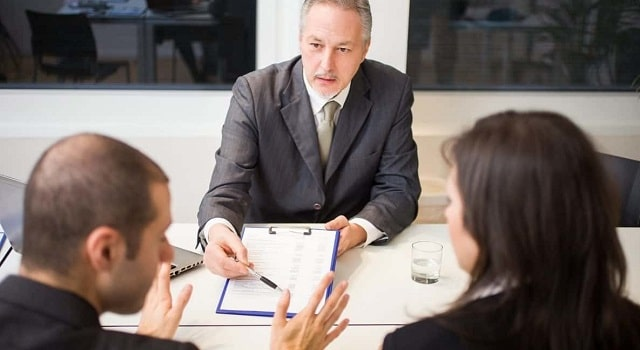 reasons hire divorce lawyer importance attorney