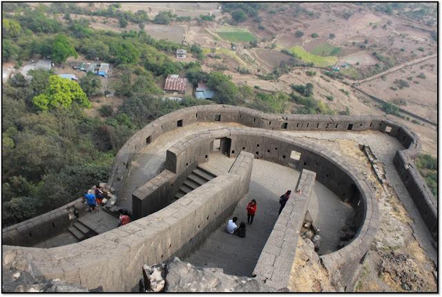 Lohagad fort, lonavala fort, easy trek