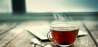 ماذا يحدث للجسم عند تناول الشاى على الريق ؟