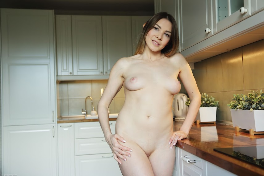 [Errotica-Archives] Kira - Kitchen errotica-archives 04050