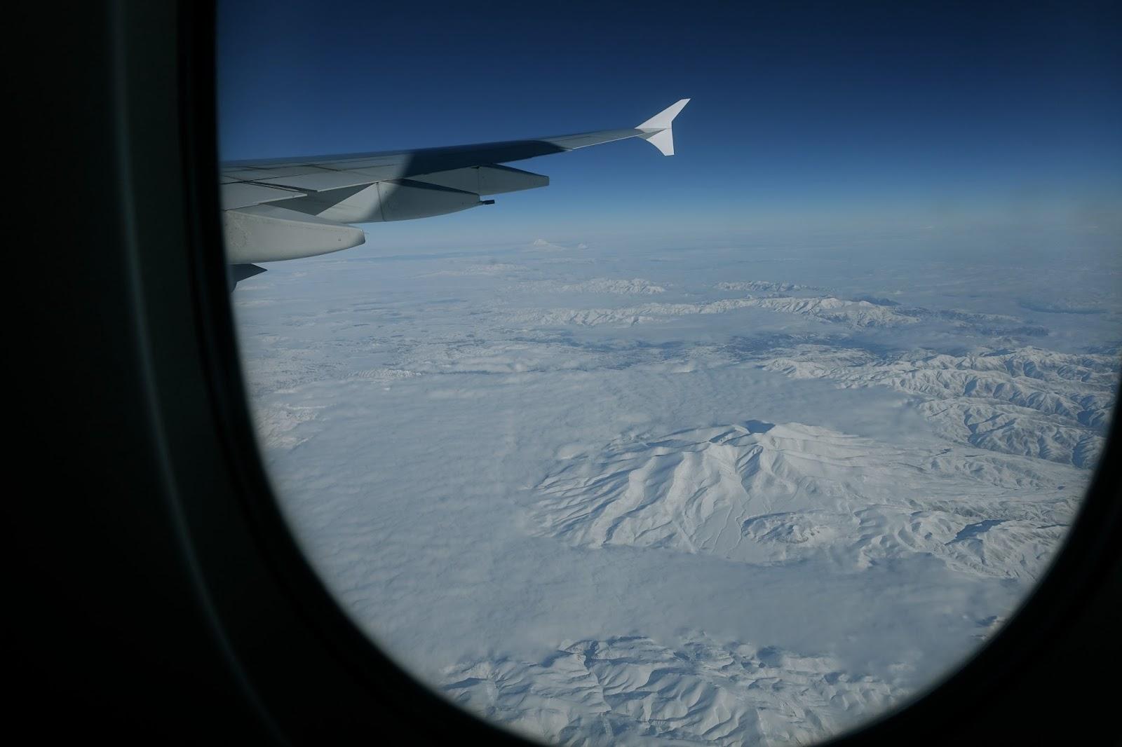 エミレーツ航空EK185