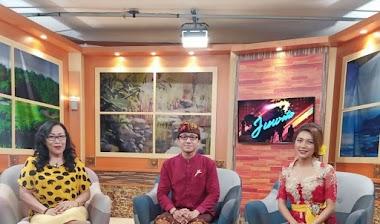 "Santy Sastra, Narasumber Talk Show Dialog Bali 120 TVRI Bali ""Wujudkan Wanita Tangguh"""