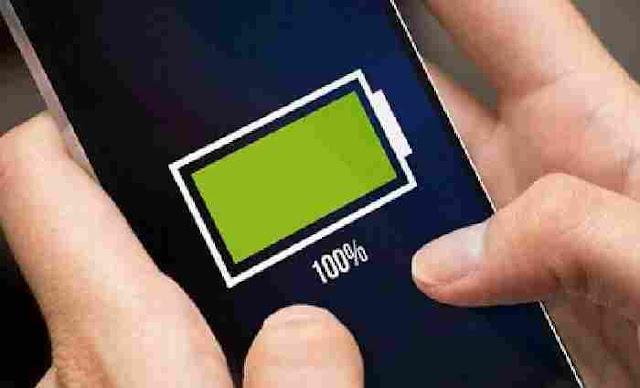 Cara Menghemat Baterai Ponsel Android - Smartphone Android terkenal dengan konsumsi daya baterainya yang sangat besar sehingga cukup boros dalam konsumsi baterai. hal itu dikarenakan banyaknya sistem atau aplikasi yang berjalan di belakang layar serta fitur-fitur  lainnya yang memerlukan daya baterai yang lumayan tinggi.