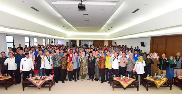Kang UU Rizhanul Ulum Wagub Jawa Barat Hadiri Diesnatalis HMI Bekasi
