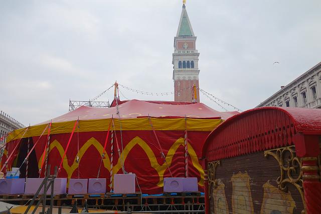 Policie bude na karnevalu blokovat náměstí Svatého Marka, benátský karneval, benátky průvodce, vše o benátském karnevalu