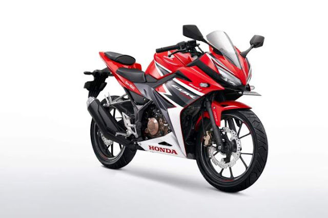 Warna CBR150R Racing Red
