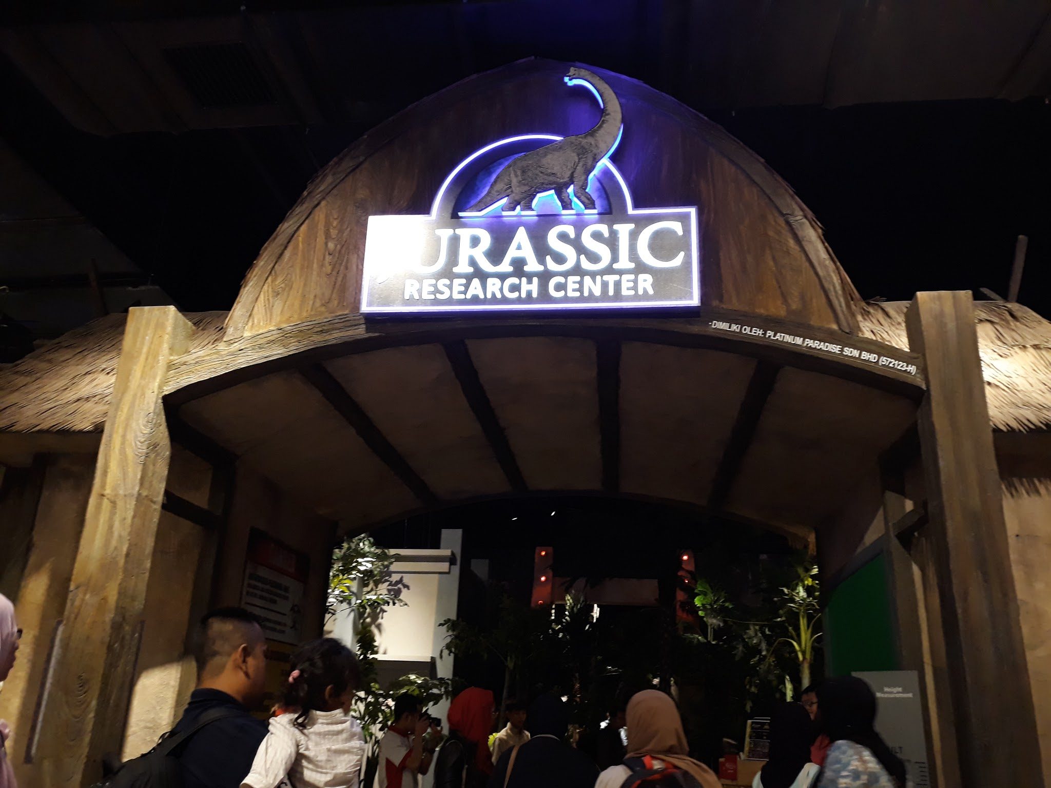 Resorts World Genting SkyAvenue Attractions, resorts world genting, sskyavenue level 4 attractions, genting highland, alive musuem, dinosaur alive, dinosaur park, ripley's believe it or not odditorium,The Jurassic Research Center, Zombie Outbreak,