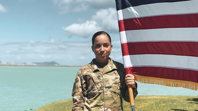 """""""Idioma que no representa a EE.UU."""": Critican a una militar norteamericana por hablar en español"""
