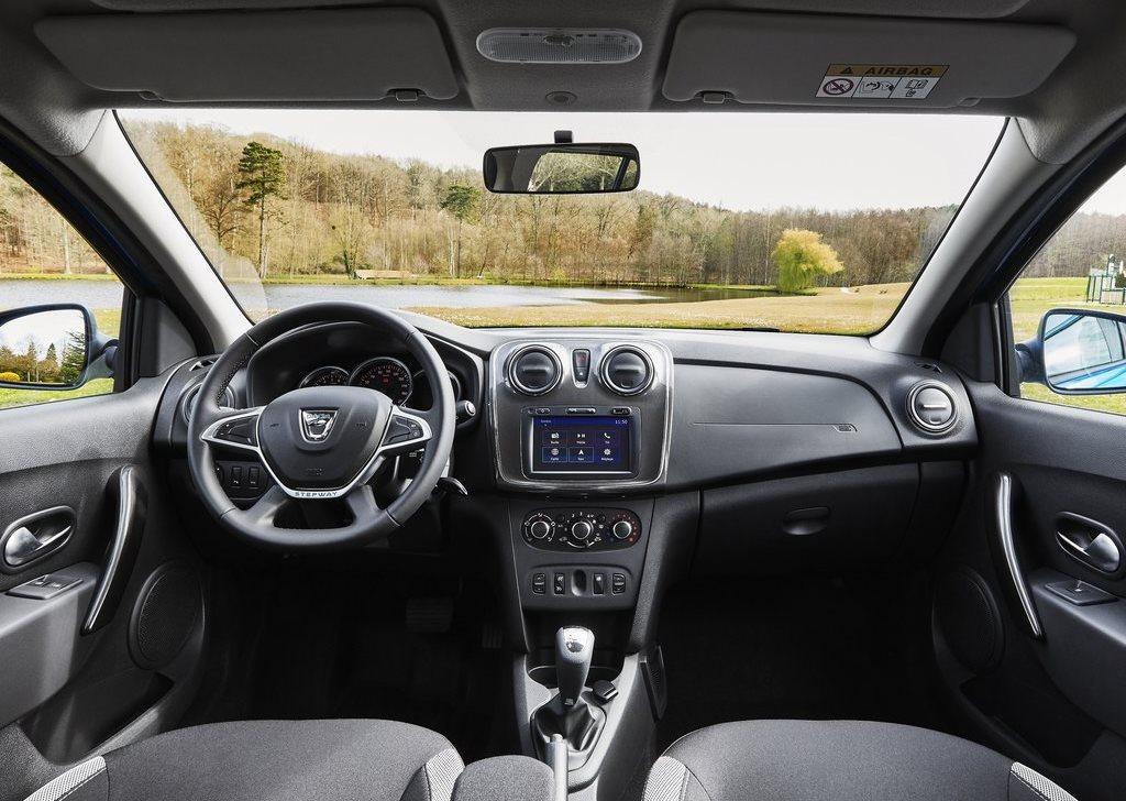 2018 Dacia Logan MCV Stepway - AutoLibs