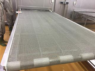 Băng tải lưới inox được sử dụng ở đâu Bang-tai-luoi-inox-3