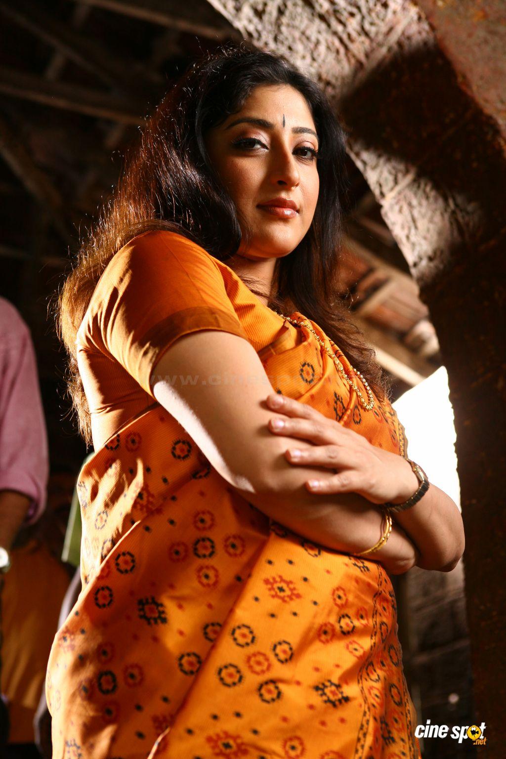 Lakshmi Aunty Sex Photos